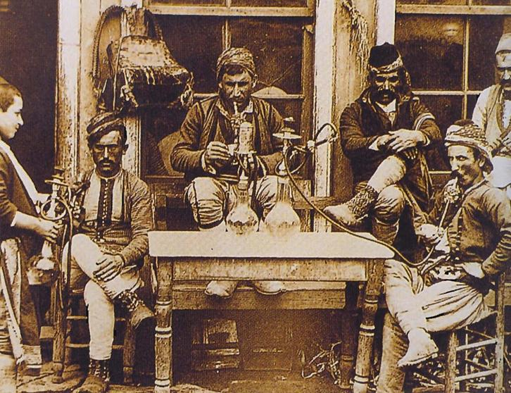 sự xuất hiện các quán cà phê lần đầu tiên ở Châu Âu